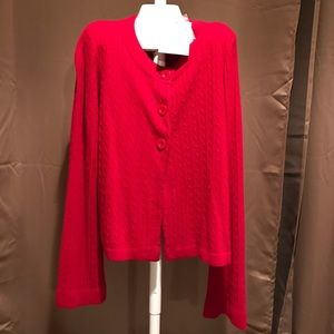 Luxe 360 small red short 3 button sweater. NWT